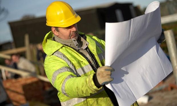 builder-in-hard-hat-003